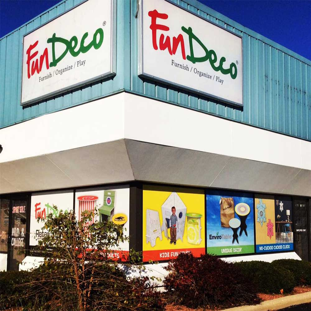 FunDeco Products front of store